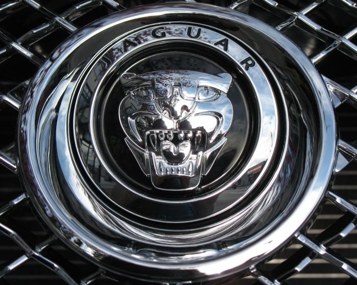 Jaguar-logo-1